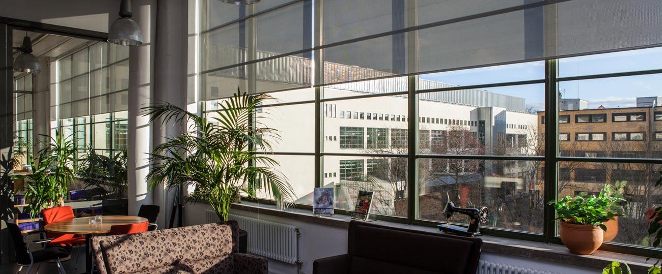 Solskydd kan ha olika funktioner beroende på i vilken typ av fönster det sitter i
